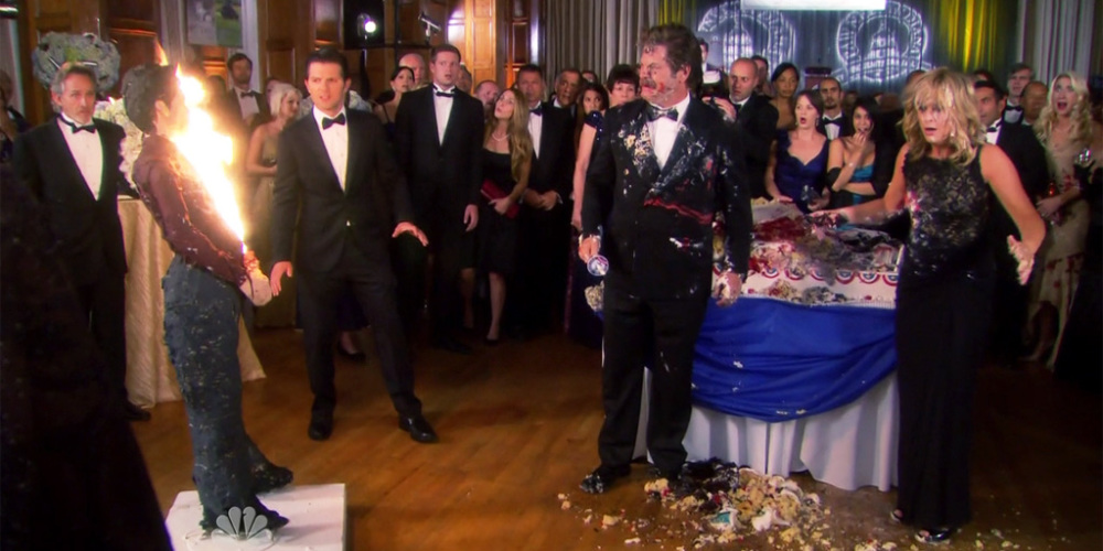 Ron Swanson and Leslie Knope fall into a cake picture6